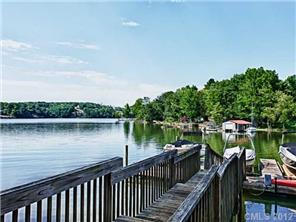 Looking for Lake Property Or Beach House? We've Got You Covered!